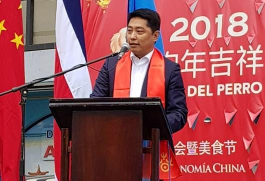 El Embajador Tang Heng en las celebraciones del Año Nuevo Chino.