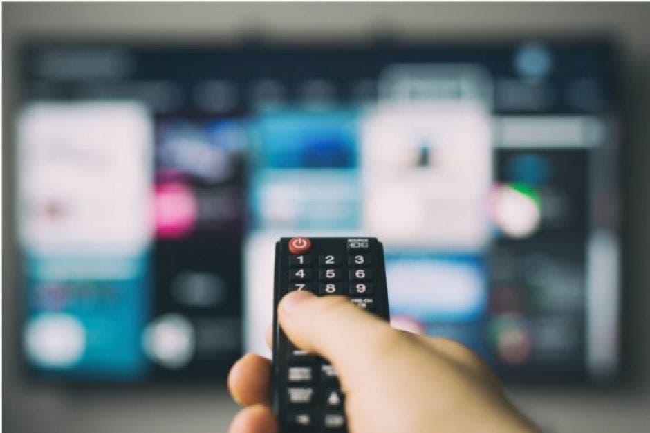 Control remoto y TV