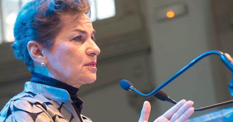 Christiana Figueres da declaraciones en una conferencia