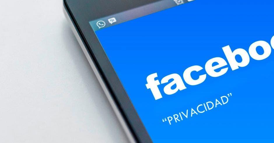 """Zuckerberg dice que apostará a """"las interacciones privadas como la base"""". Elaboración propia/La República"""