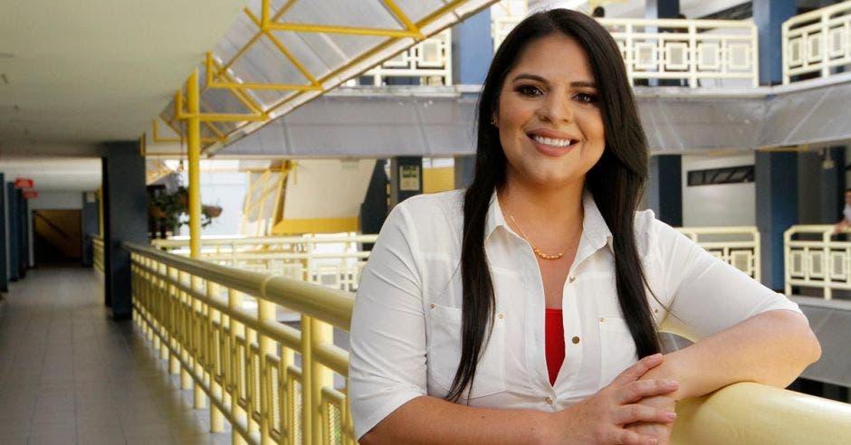 Dunnia Marín, coordinadora del programa Fortalecimiento de capacidades y habilidades para el emprendimiento y formación para el empleo, de la UNA