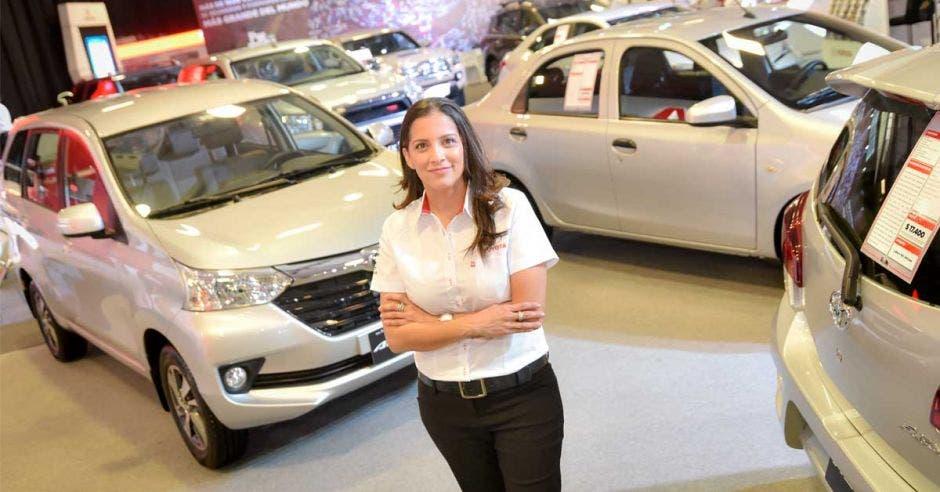 Maria Elena Molina, gerente de Promoción y Publicidad de Grupo Purdy Motor, brindó detalles para vivir una mejor experiencia en la feria. Cortesía Purdy Motor/La República
