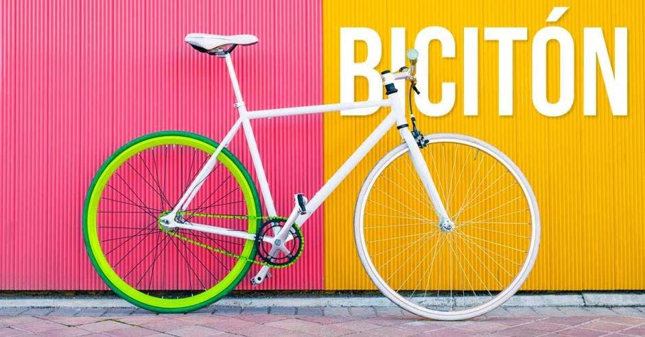 """""""He vivido de cerca el ver bicicletas descompuestas en las casas de gente que conozco y que por una avería muy sencilla, dejan de usarlas y pierden esa cultura"""", dijo Raúl Méndez, organizador de la Bicitón. Bicionarios/La República"""