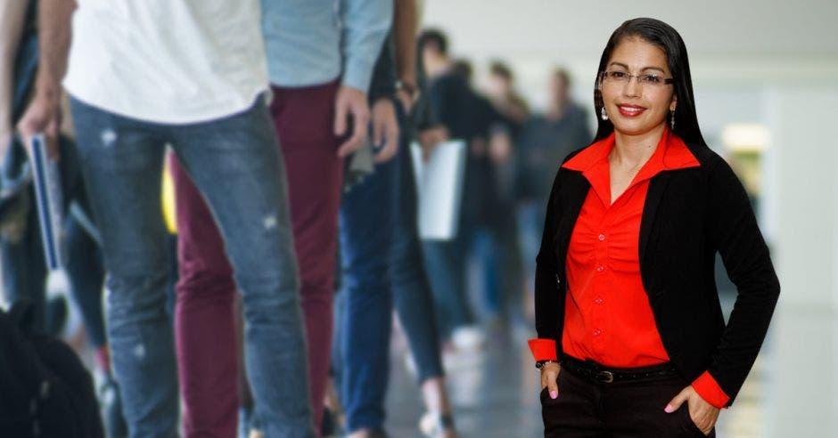 La situación de desempleo juvenil es preocupante, dijo la analista Roxana Morales, de la Universidad Nacional. Archivo/La República