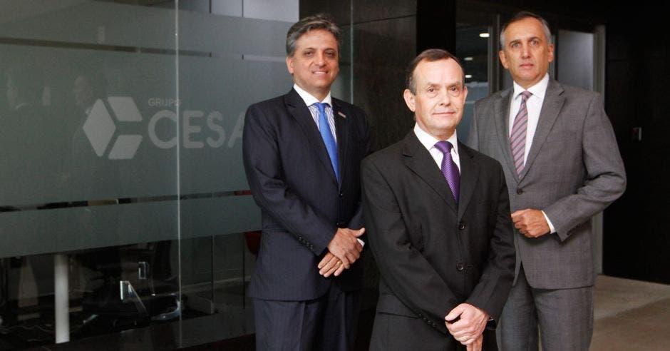 Martín Miller, Leonardo Solorzano y  Juan David Rothe