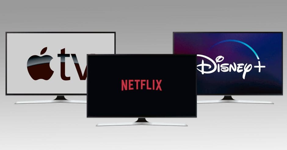 Tres pantallas con Apple TV, Netflix y Disney+
