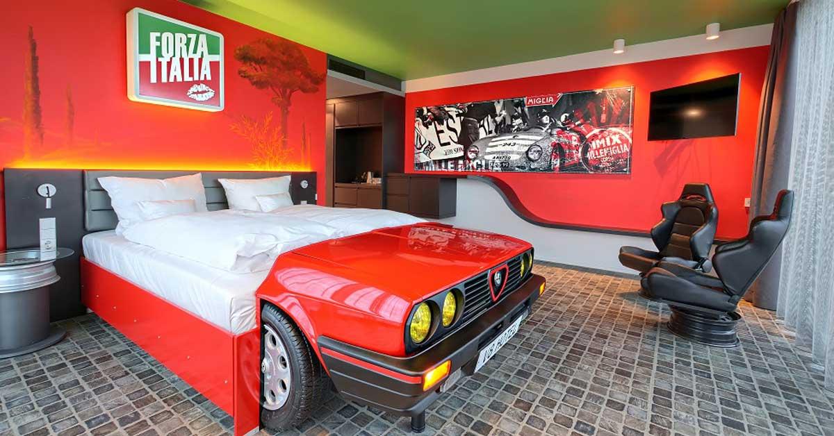 cama en forma de carro