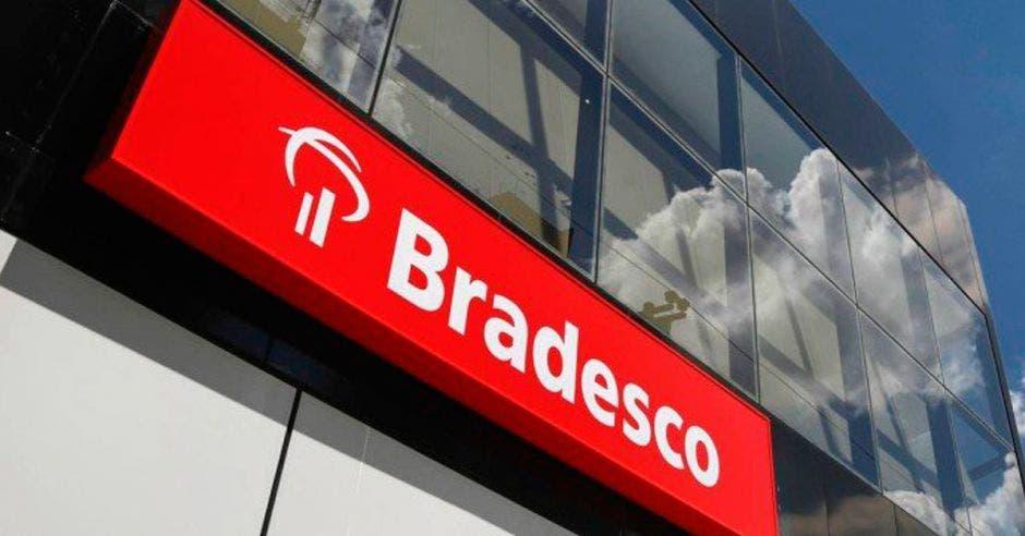 Bradesco acordó comprar el BAC Florida Bank