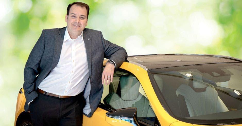 Alrededor del año 2025, cada modelo de Toyota y Lexus en el mundo estará disponible ya sea como un modelo electrificado o con una opción electrificada, dijo Hellmuth Sole. Poder Híbrido/La República
