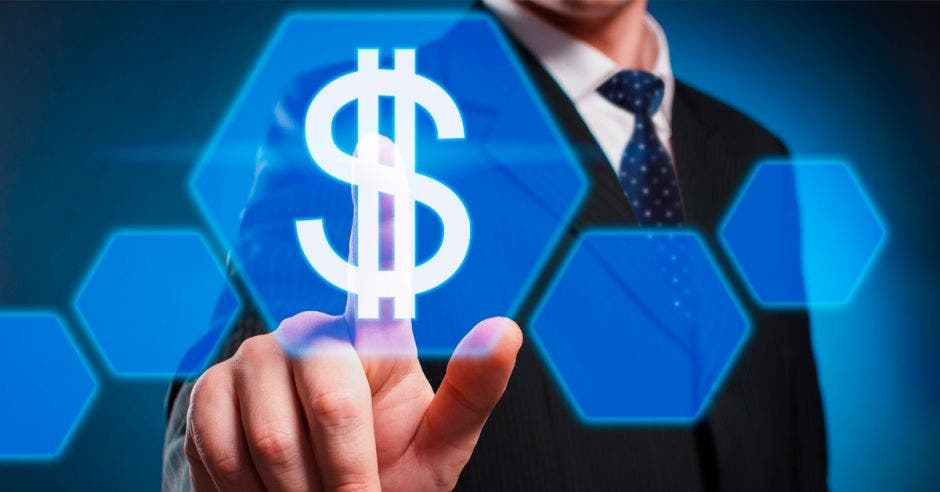 Precio del dólar alcanza su nivel pre-crisis 2018