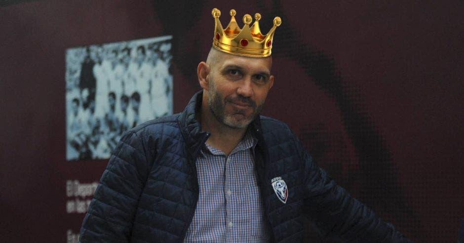 Luis Marín le robó la corona a Walter Centeno. Archivo/La República