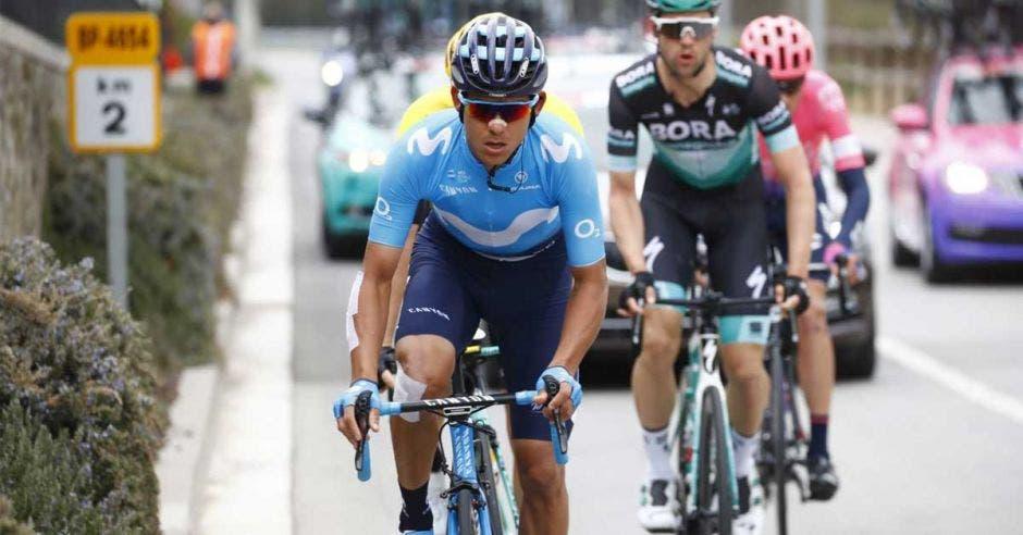 Amador mantiene el paso en el Giro. Movistar Team/La República