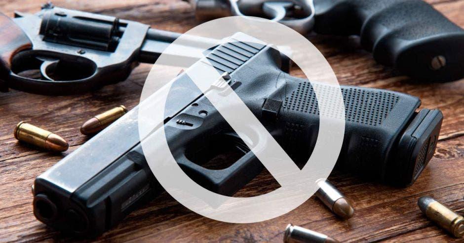 Decomisar armas de agresores