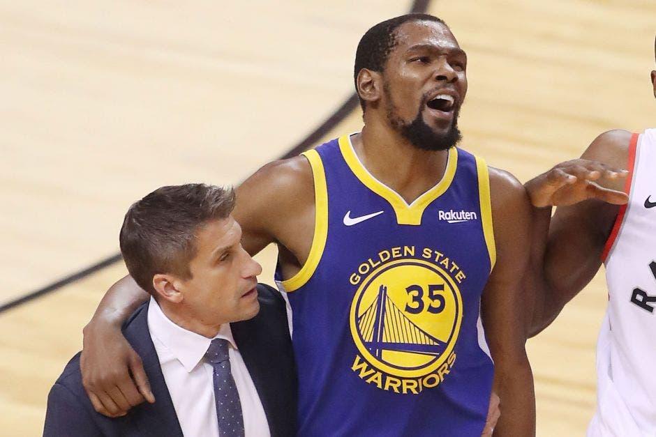 Kevin Durant se lesionó en su regreso a las canchas en las Finales. New York Post/La República
