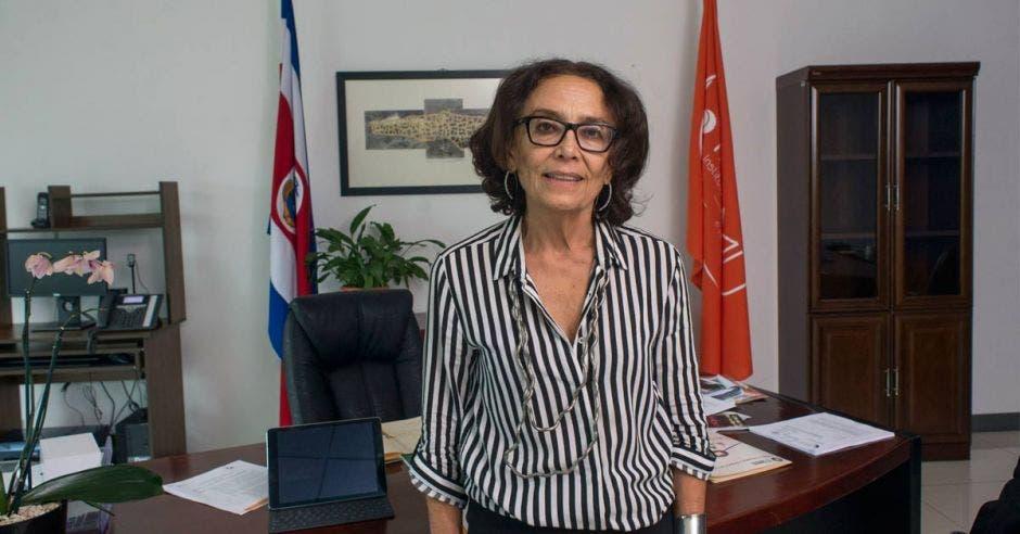 Patricia Mora en su despacho