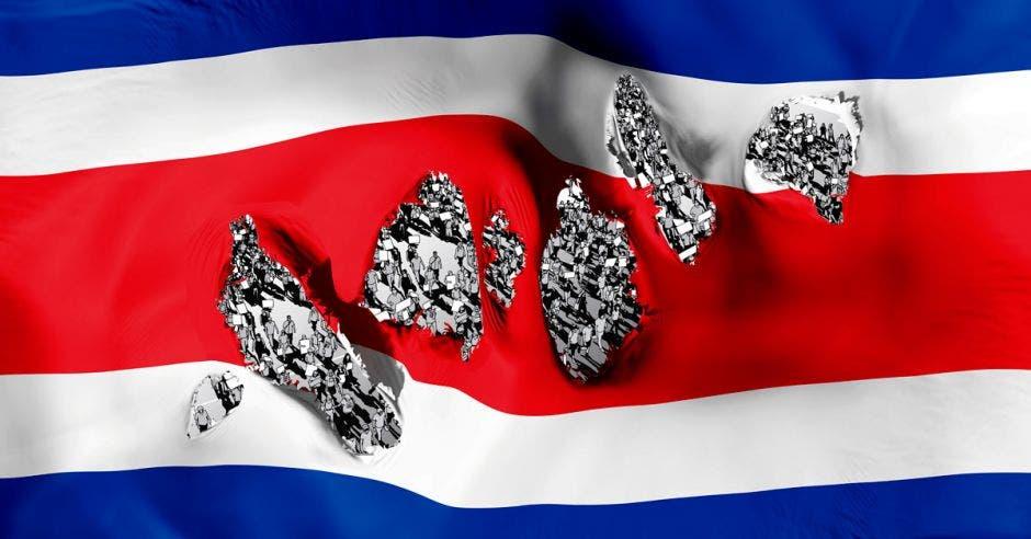 una bandera destruída
