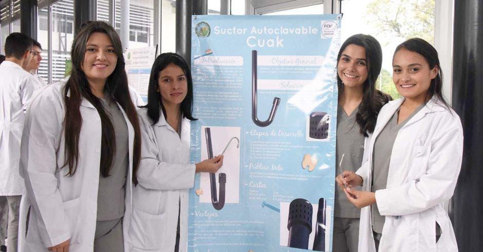 Nicole Miranda, María Guevara, Yulieth Segura y Catalina Serra son las creadoras del innovador dispositivo