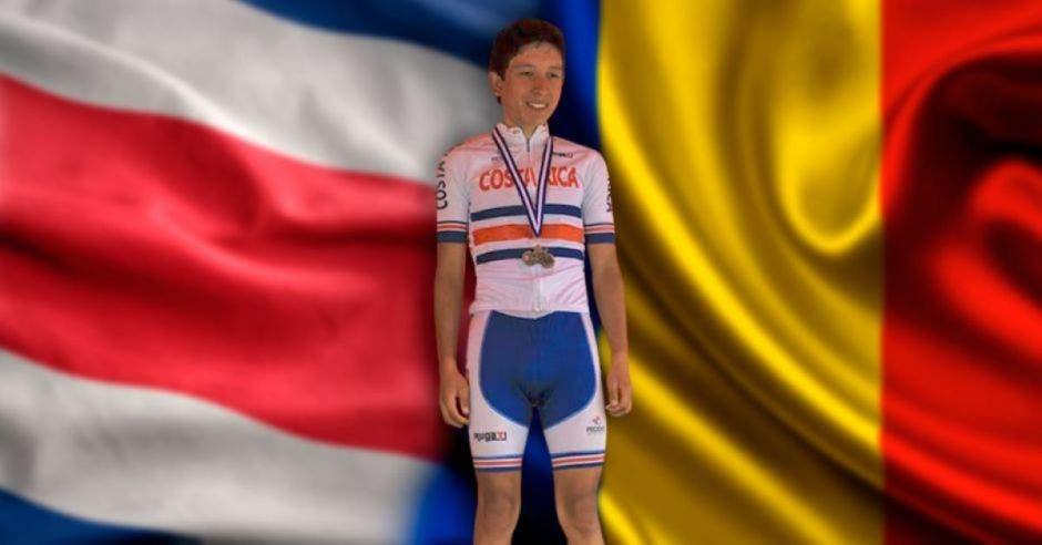 Kevin Rivera, banderas de costa rica y rumanía