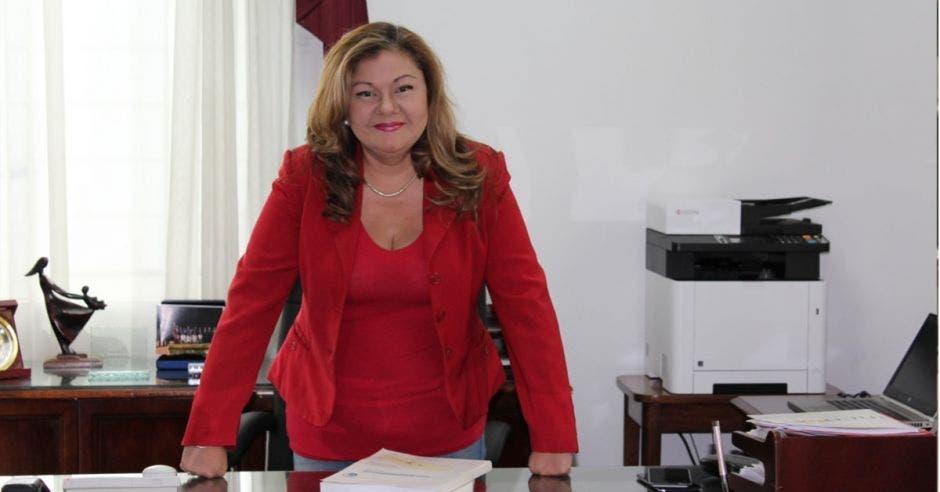 Elizabeth Briceño, presidenta del Instituto Costarricense de Ferrocarriles.