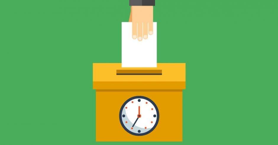 Una urna recibe un voto