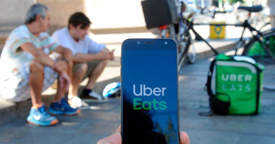 Uber Eats y Glovo