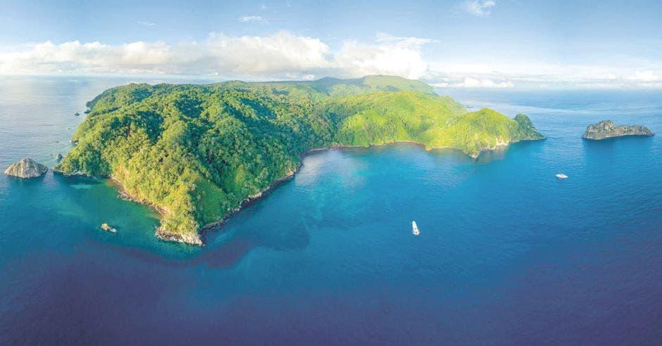 Una foto de la isla del coco