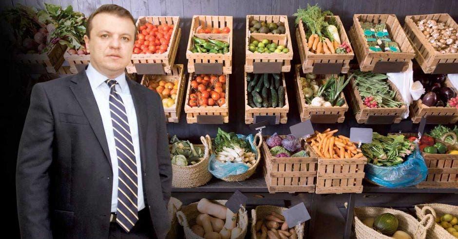 Productos, comercio, Alonso Elizondo