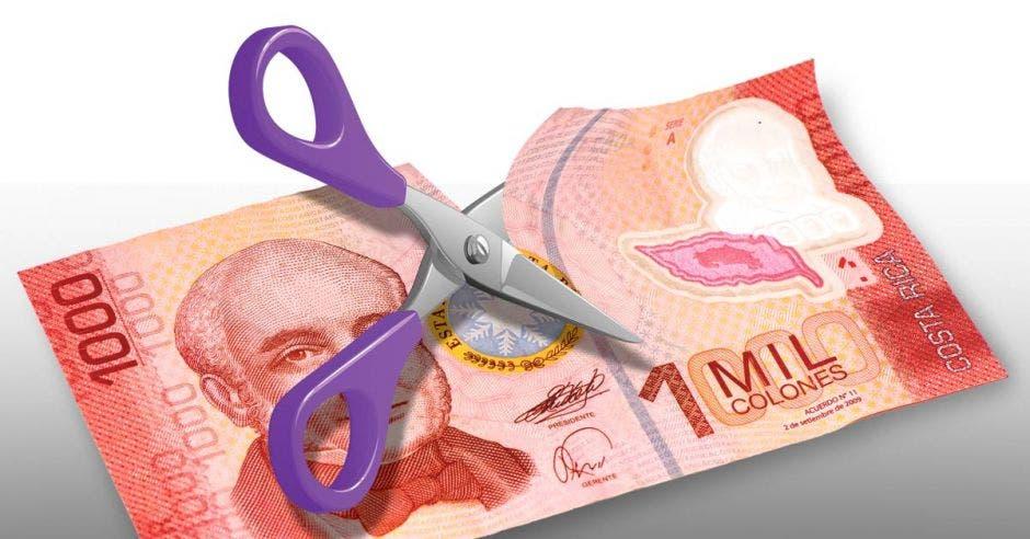 Un billete cortado a la mitad