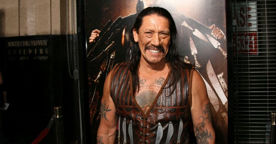 Danny Trejo vestido de Machete