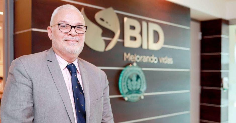 Mario Umaña, especialista del Banco Interamericano de Desarrollo