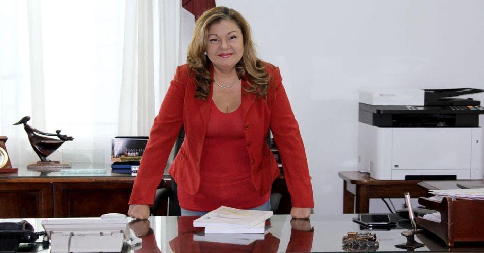 Elizabeth Briceño, presidenta ejecutiva de Incofer, destacó que el tren eléctrico es un proyecto a favor del desarrollo económico de la zona Atlántica. Archivo/La República