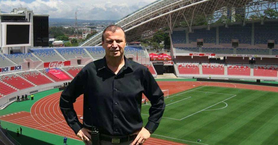 ricardo chacón en el estadio nacional