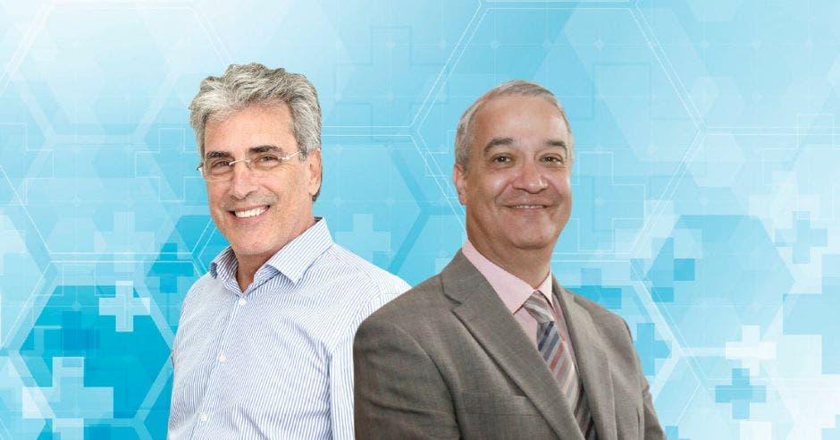 A la izquierda Francis Durman, CEO de Grupo Montecristo y a la derecha Jorge Cortés, director médico Clínica Bíblica