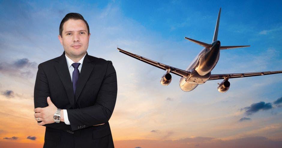 Avión, Jaime Morales