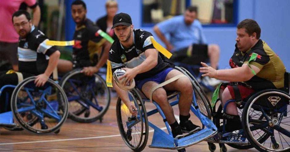 luchas en silla de ruedas
