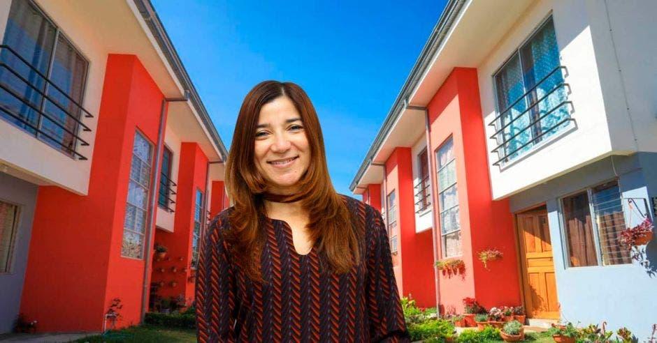 Irene Campos, ministra de vivienda