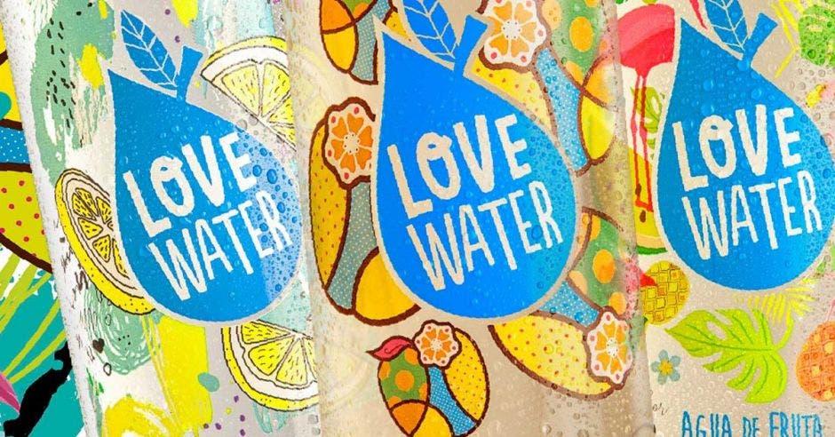 logo de Love Water, en forma de gota