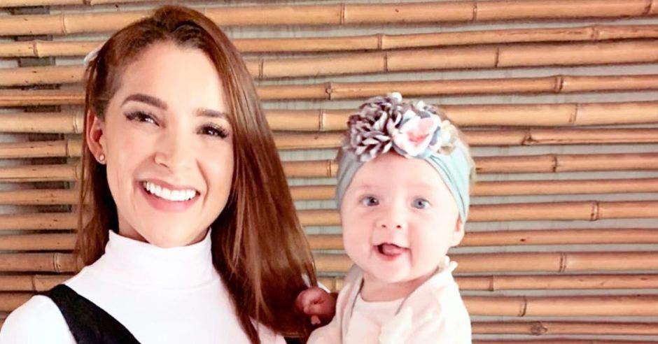 Ericka Morera y su hija