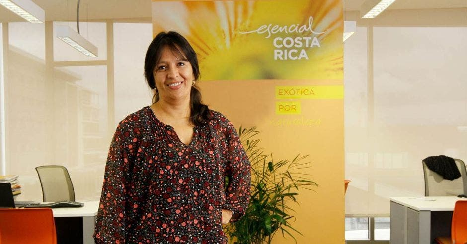 Marta Esquivel