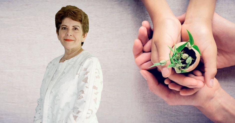 Marta Acosta contralora