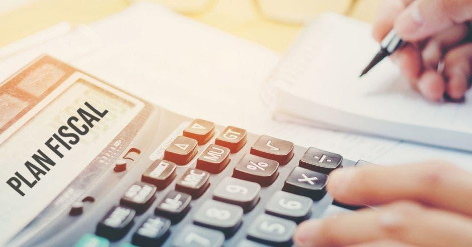 Calculadora, plan fiscal