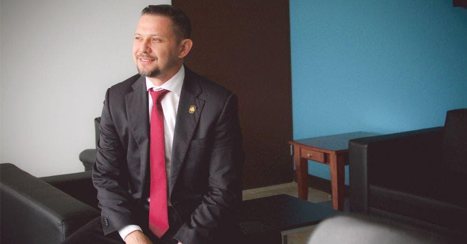 Luis Adrián Salazar