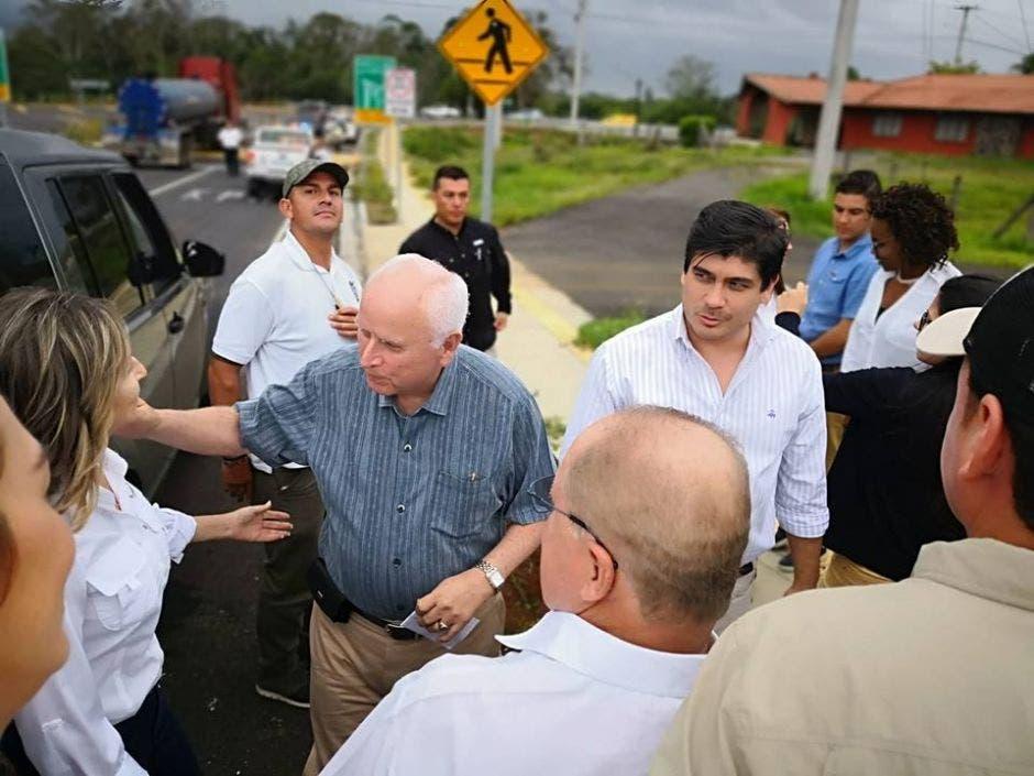 Presidente y ministro en inspección de obras