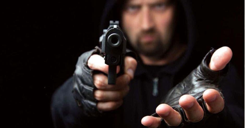 La combinación de factores como el narcotráfico y el creciente desempleo es clave en el aumento de los delitos violentos en el país, los cuales se mantienen en una cifra constante desde 2014. Archivo/La República