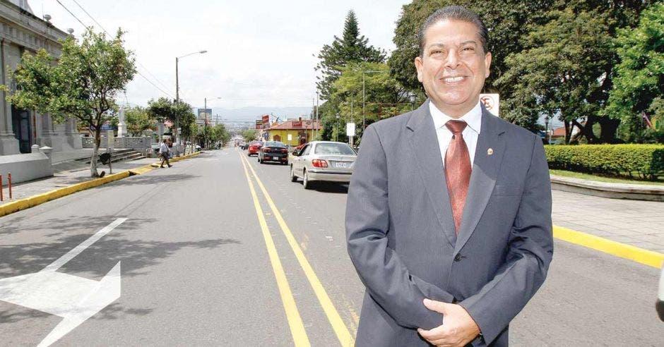 Carlos Cascante, alcalde de Tibás