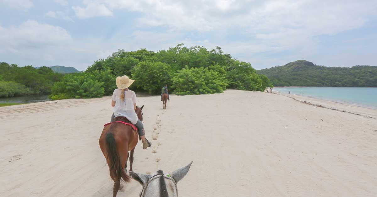cabalgata por la playa
