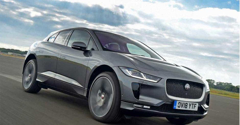 auto gris jaguar