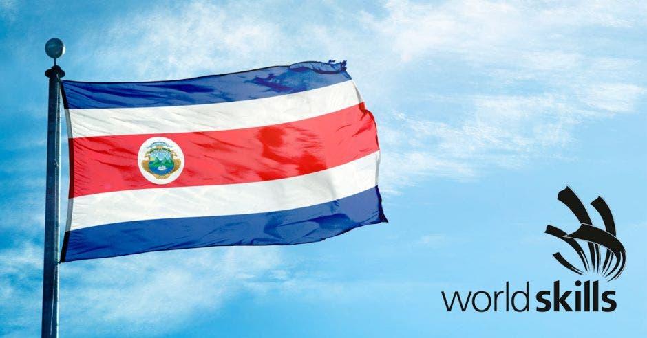 Una bandera de Costa Rica y la palabra WorldSkills