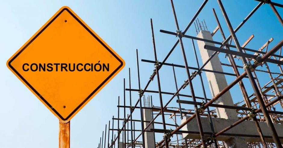 Puente en construcción