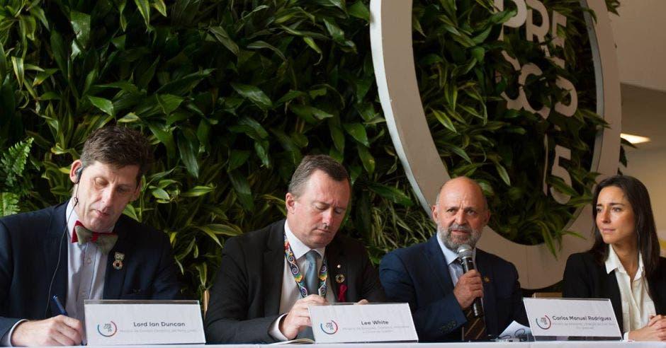 Representantes de los países firmantes dieron detalles de la coalición durante una conferencia de prensa celebrada ayer en el Centro Nacional de Convenciones